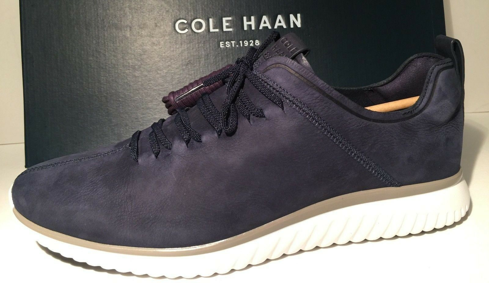 New  Men's Cole Haan Grand Motion Leather Marine bluee Optic White US 10