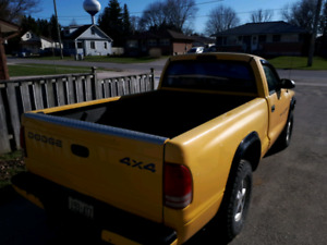 1999 dodge dakota.bc truck.4x4.