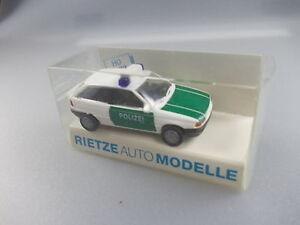 Rietze: Polizei-Wagen Nr. 50483 Opel Astra (GK7)