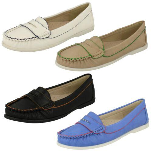 Ladies Spot On Flat Moccasin *Saddle Trim Shoe*