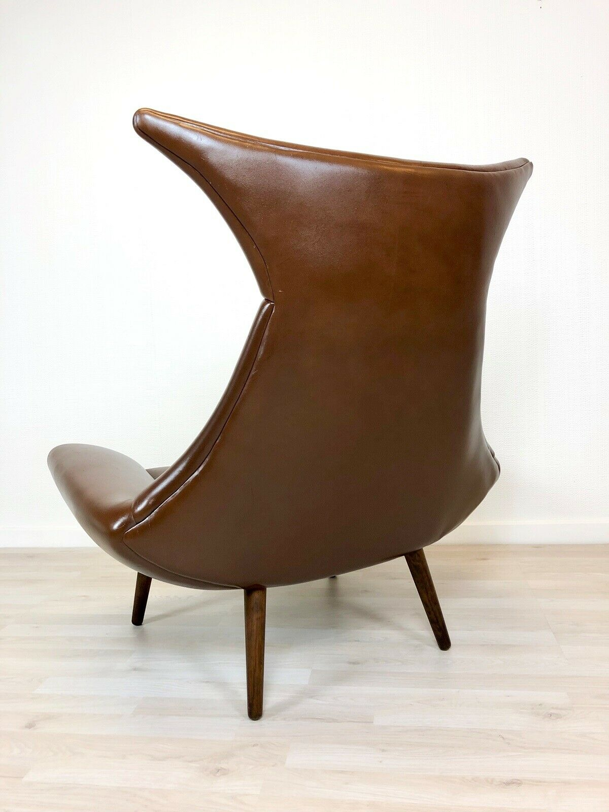 Designed in 1962 by Bent Møller Jepsen, and made by Sitamo