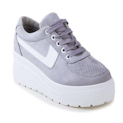 Sneakers mania fino a 50%