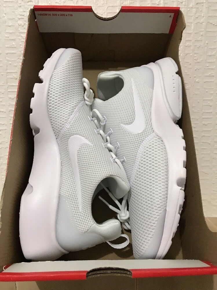 Femme's Nike Presto Fly Triple blanc6.5