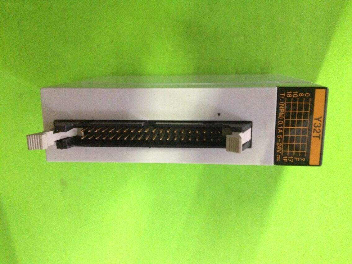 1 PCS Used Panasonic PLC Output Module FP2-Y32T (AFP23404) Tested