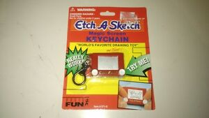 ETCH-A-SKETCH-Magic-Screen-Mini-Key-Chain-World-039-s-Favorite-Drawing-Toy-571-0