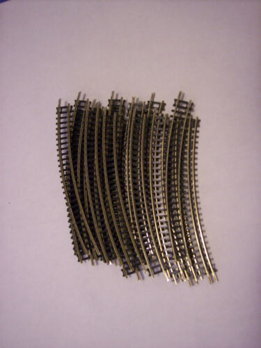 N SCALE  NICKEL SILVER CURVED TRACK 24 PIECES N SCALE NICKEL SILVER #3904