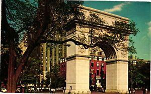 Vintage Postcard - Washington Square & University In Back New York NY #3801