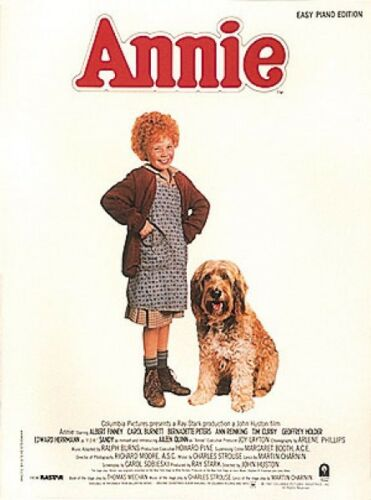Annie Sheet Music Easy Piano Songbook NEW 000383049