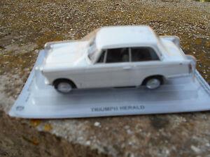 TRIUMPH-HERALD-ECHELLE-1-43