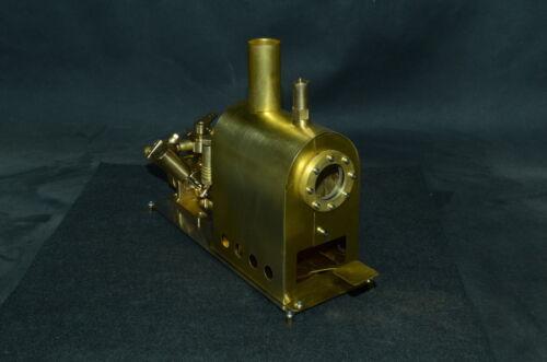 Dampfkessel mit Doppelzylinder - Dampfmaschine (M2C)