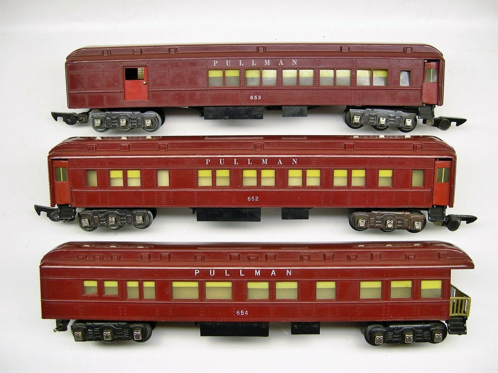 Set of 3 American Flyer Red Heavyweight Passenger Cars [Lot 1-P34]