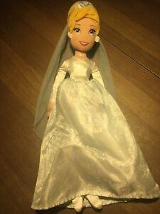 Disney-Store-Cinderella-Princess-Plush-Doll-16-Beautiful-Dress-Authentic