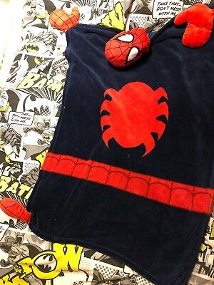 """Spiderman SNUGGLE BLANKET PUPPET HEAD IS 7/"""" BLANKET 38/"""" Very Good Condition"""