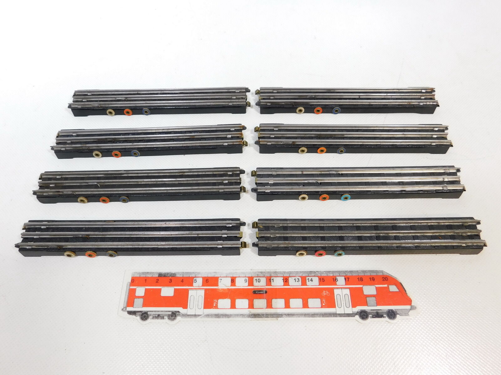 CB93-0,5  8x Trix Express H0 DC Bakelit-Anschlussgleis Funktionsgleis gerade