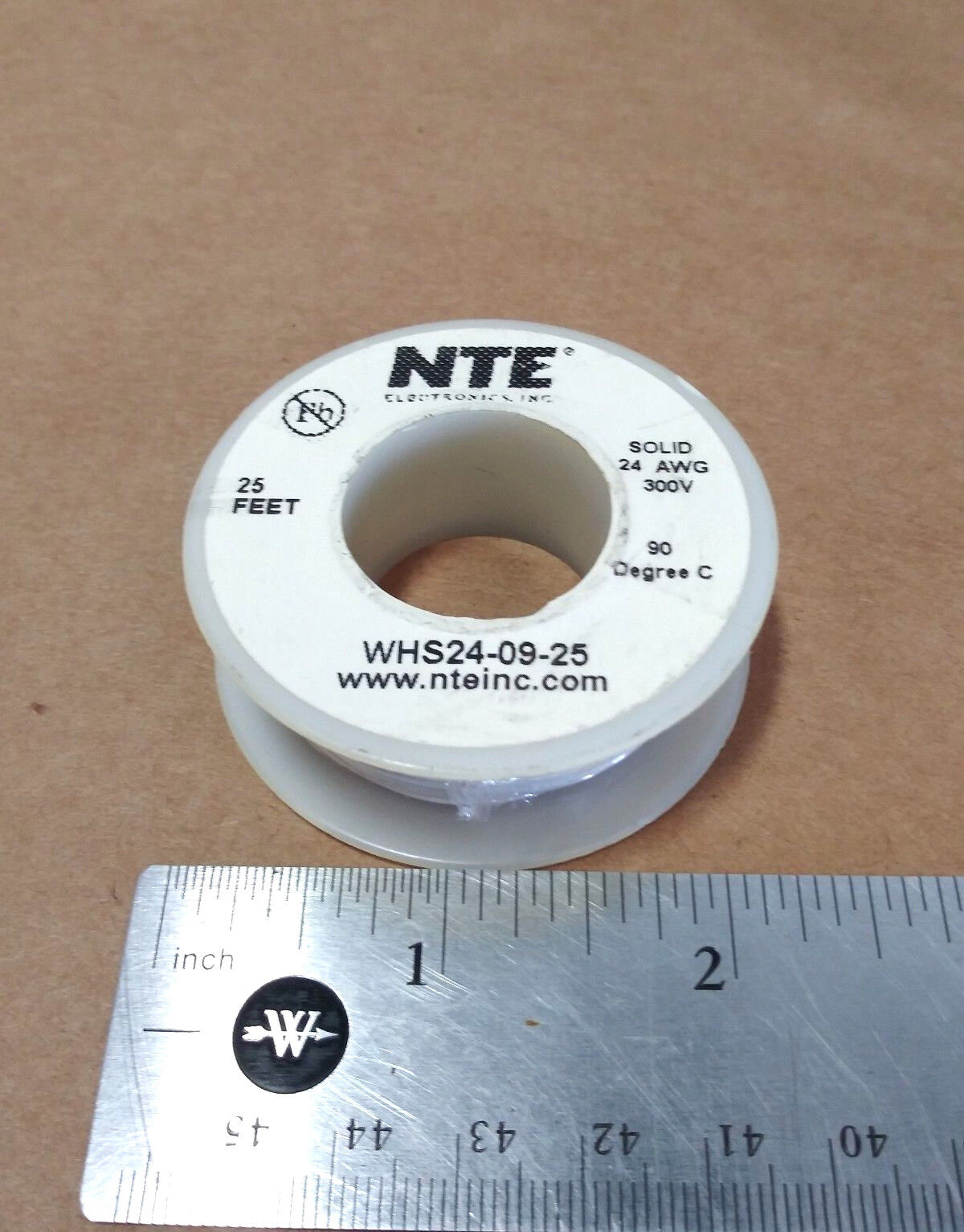( 25 FT Spool ) NTE WHS24-09-25 ( 24 AWG ) Solid Hook Up Wire 300V ( White )