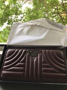 Prada-Portemonnaie-Geldboerse-Tasche-Clutch