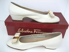 Salvatore Ferragamo Vintage VARA LEATHER BONE Beige HEELS SHOES 7 B