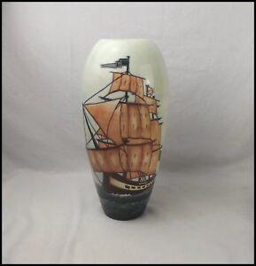Moorcroft-HMS-Sirius-Vase