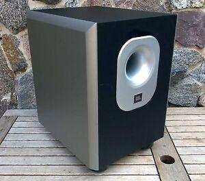jbl sub140 230 aktiver downfire subwoofer endstufe 100w. Black Bedroom Furniture Sets. Home Design Ideas