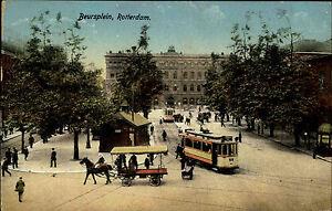 Rotterdam-Niederlande-Color-AK-1920-Beursplein-Strassenpartie-Tram-Personen