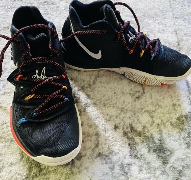 2018 Nike Kyrie Irving 5 Friends Collab