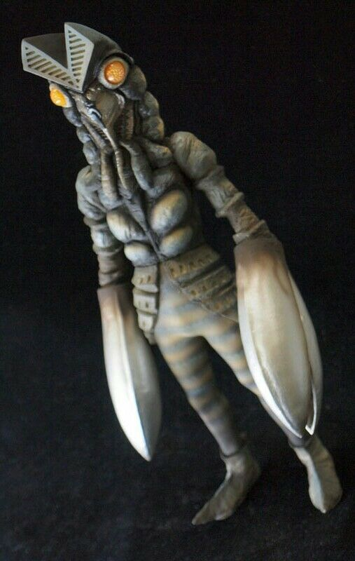 CCP 1 6 6 6 SFX Series  Ultraman  Alien Baltan Bunshin Ver. plus Emitting eye  1 6 x bd1a5a