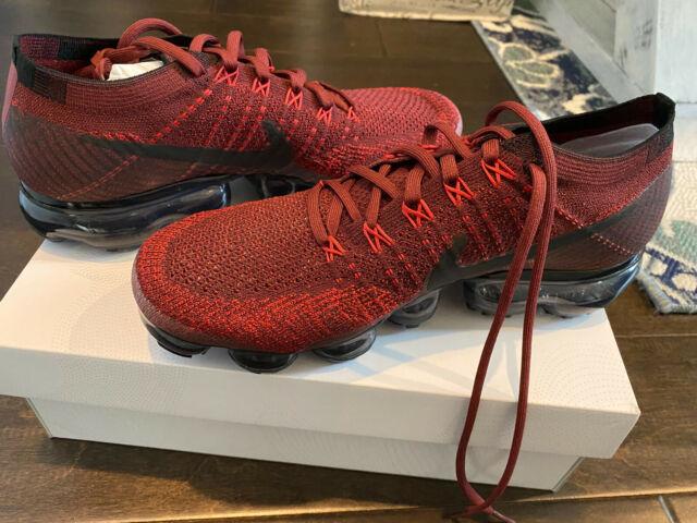 9.5 - Nike Air VaporMax Dark Team Red