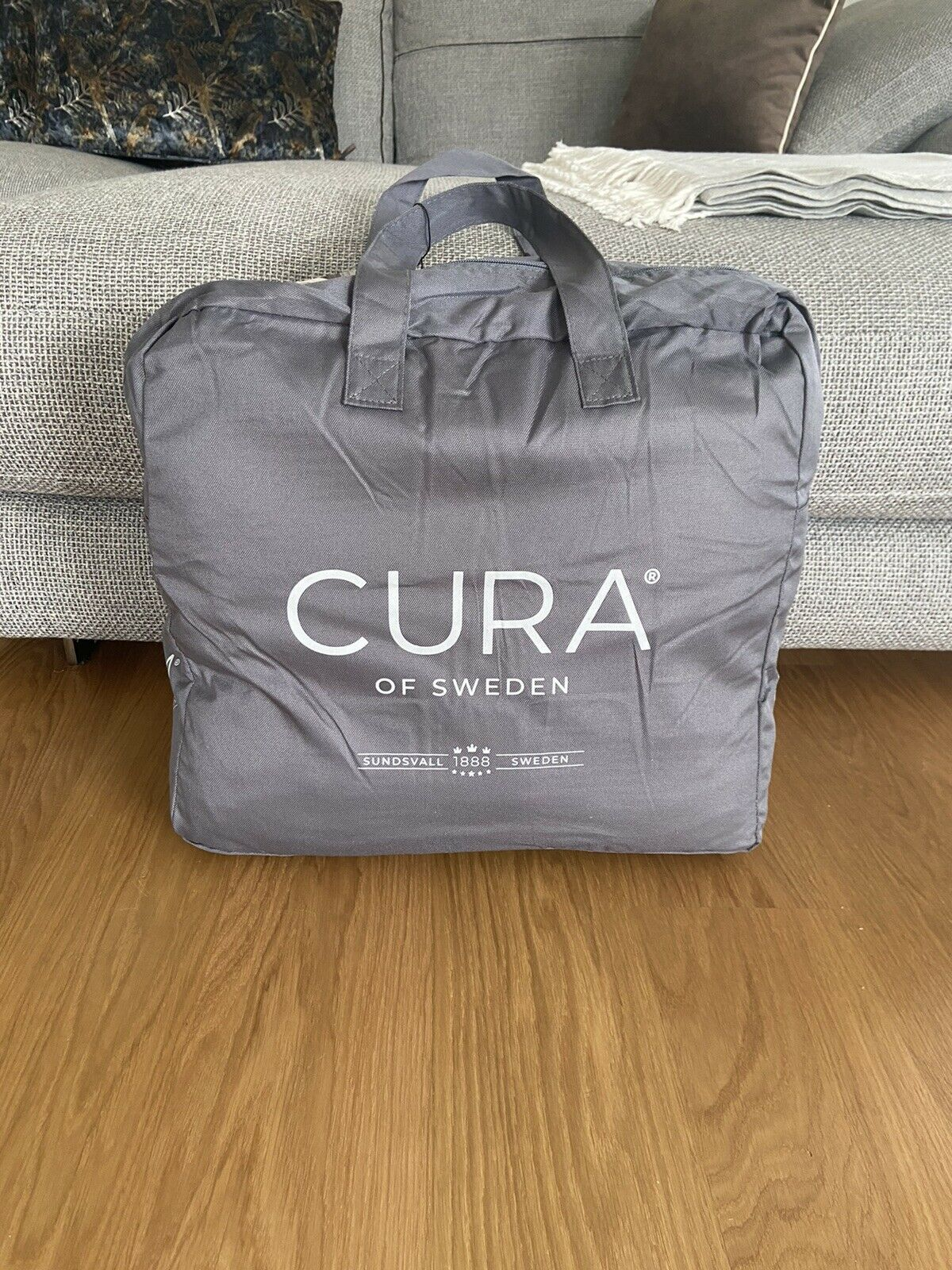 Cura Weight Blanket-Pearl Classic Queen - 200x220 - 12 KG-UNUSED!!!