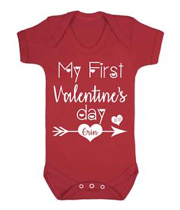 Personnalisé de mon premier Saint Valentin Bébé Gilet Babygrow One Piece Baby Gifts