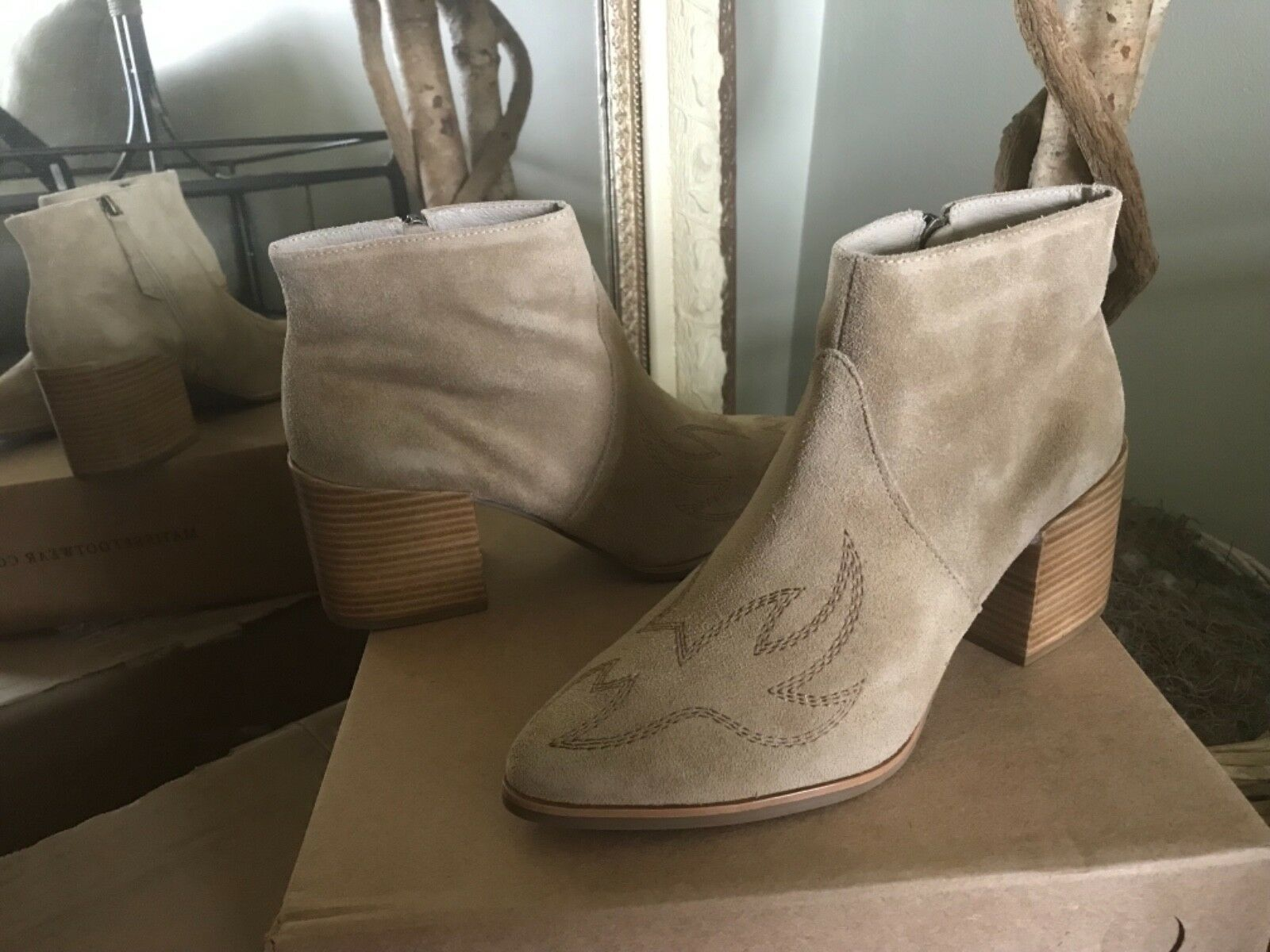 Matisse Womens Tan Suede Vox Western Ankle Boots 9M (8.5) MSRP  160