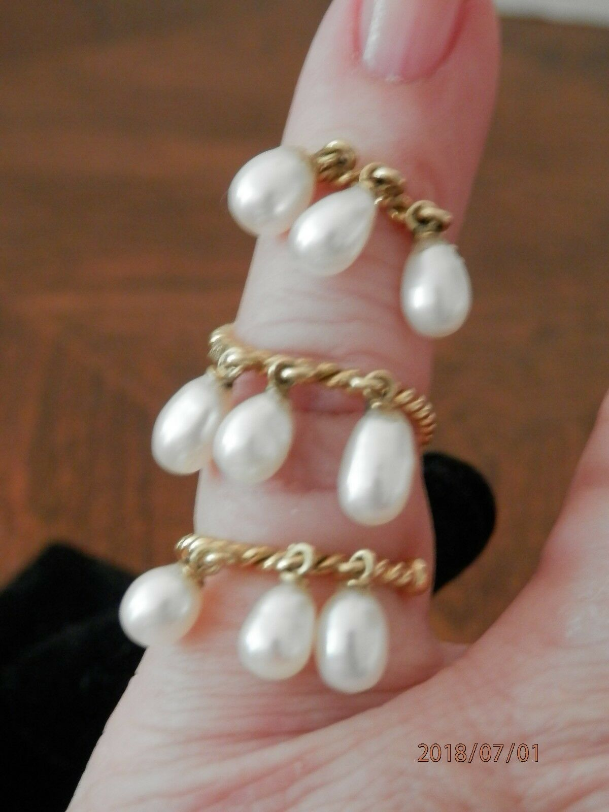 Stunning 18kt Yellow gold Ring Wrap Ring w  9 Pear Shaped Dangling Pearls