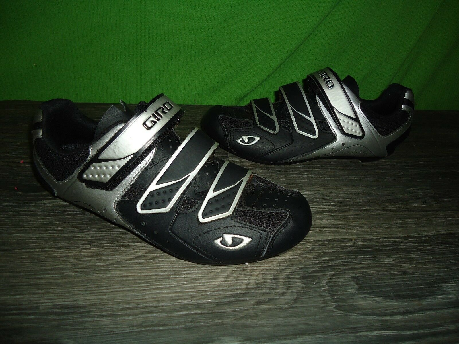 Giro Treble mens shoes size 8.75  great shape hardy worn at all