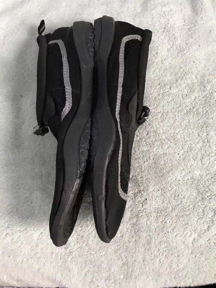 1a543e032c4019 ... Body Glove Mens Riptide 2 2 2 Water Shoes Black Size 11 SC8 a4fc71 ...
