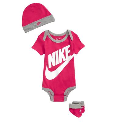 Nike Baby Set Girls Boys 0-6 Months Booties Hat Bodysuit Gray