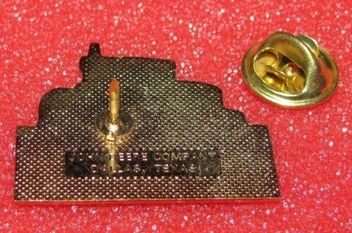 *John Deere 8100 8200 8300 8400 8000 Series Tractor Hat Lapel Pin Waterloo Works
