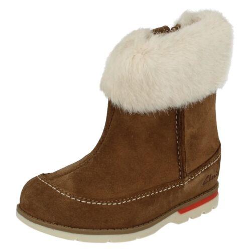 Clarks piel Petal marrón de Primeras botas Dabi chicas con puño para Tan sintética 0x5x7