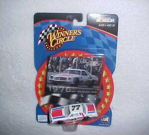 NASCAR DALE EARNHARDT Sr. #77 WINNER'S CIRCLE-ACTION DIECAST RACE CAR