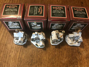 Vintage-1996-Lot-4-David-Winter-Cottages-Christmas-Ornaments-Mini-Houses
