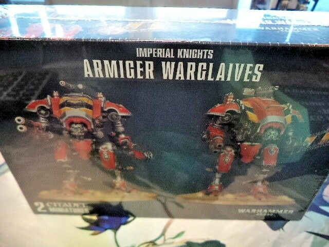 Armiger Warglaives Imperial Knights Warhammer 40k 40000 Games Workshop Model New