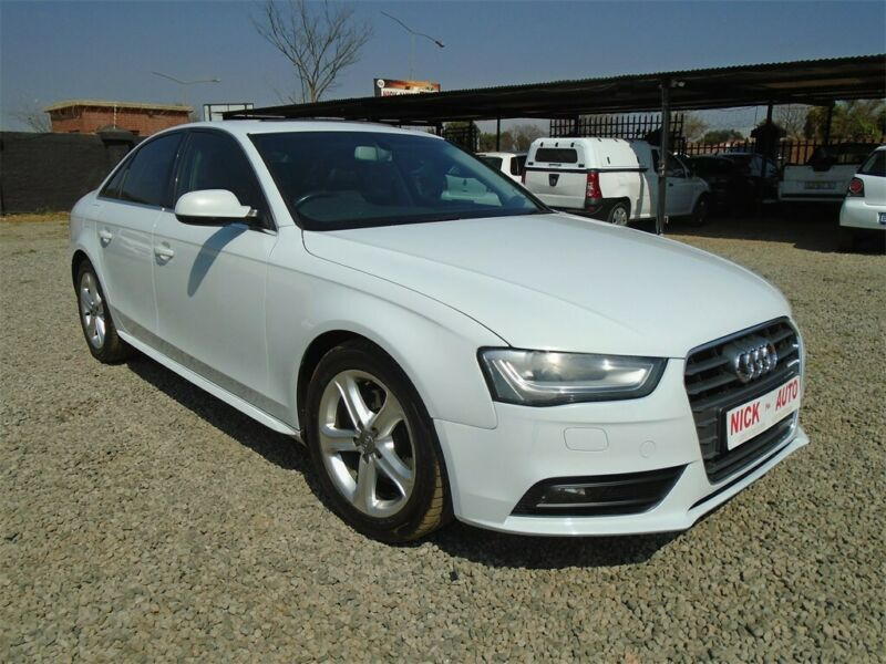 Audi A4 2.0 TDI S Multitronic, White with 122000km, for sale!