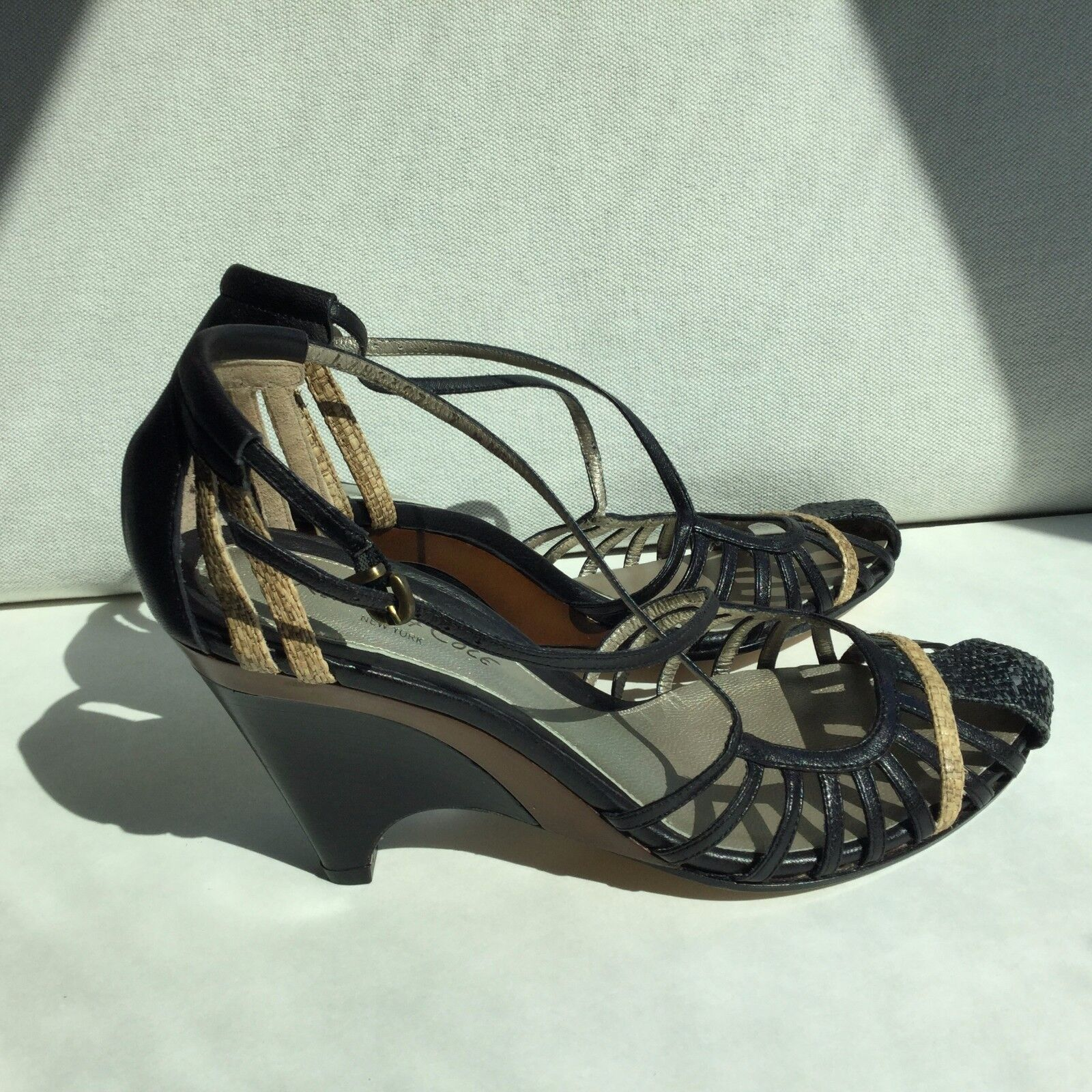 grandi prezzi scontati Kenneth Cole Wood High Heel Heel Heel Leather Wedges Sandals Dimensione 7 scarpe Retail P  150  Garanzia di vestibilità al 100%