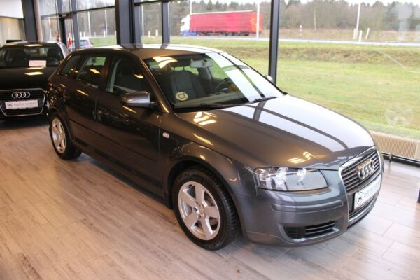 Audi A3 1,9 TDi Attraction SB - billede 1