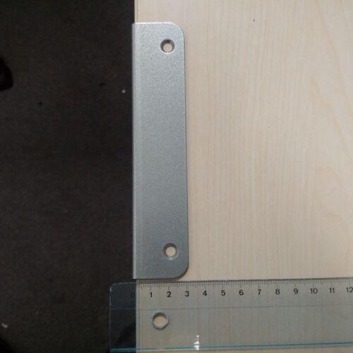 Winkel Schließblech grau Bolzenverriegelung 150 x 25 x 30 mm DIN R oder L