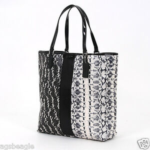 Coach-Bag-F31023-Signature-Exotic-Mix-Tote-Black-White-Agsbeagle-COD