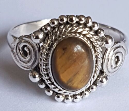 STUNNING VINTAGE STYLE 925 STERLING SILVER AND TIGERS EYE RING SIZE M 1//2
