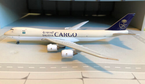Herpa 532891 saudia cargo boeing 747-8f 1:500