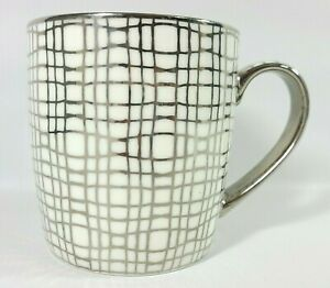 10-Strawberry-Street-Coffee-Mug-Tea-Cup-Silver-Grid-Net-Pattern
