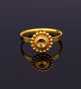 FABULOUS-22K-YELLOW-GOLD-TINY-FLOWER-SHAPE-UNISEX-RING-BAND-TOP-CLASS-RING