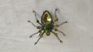 NEW-SIGNED-PIER-1-IMPORTS-HALLOWEEN-SPIDER-STATEMENT-FASHION-RING-ADJUSTABLE