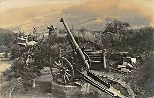 GERMAN-ARTILLERY-SOLDIER-VIEWS-THROUGH-TELESCOPE-WW1-MILITARY-PHOTO-POSTCARD